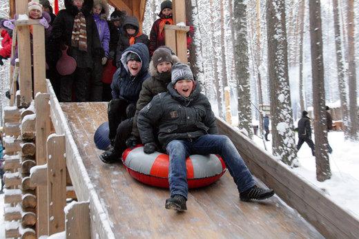 Куда с детьми поехать на праздники