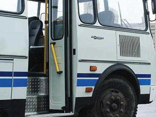 В Курске из ПАЗика выпала пассажирка